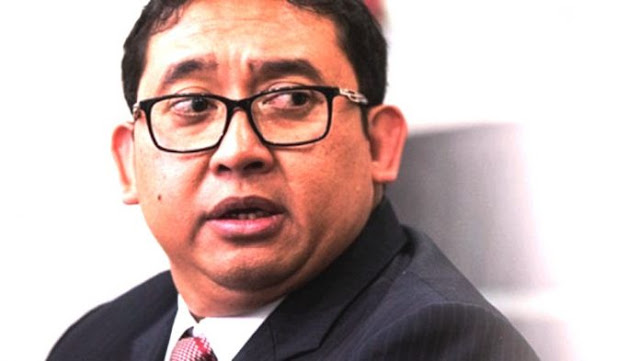 Tak Usah Didengerin Pak Jokowi! Orang Satu Ni Mang Gitu, Kayaknya Nggak Seneng Kalau Pak Dhe Kasih Perhatian Ke PNS di Hari Raya....