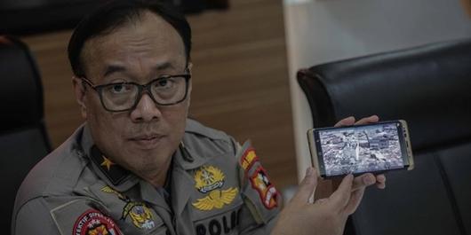 Sebut Jokowi Anggota PKI dan Antek Asing, Dua Pria Diciduk Polisi