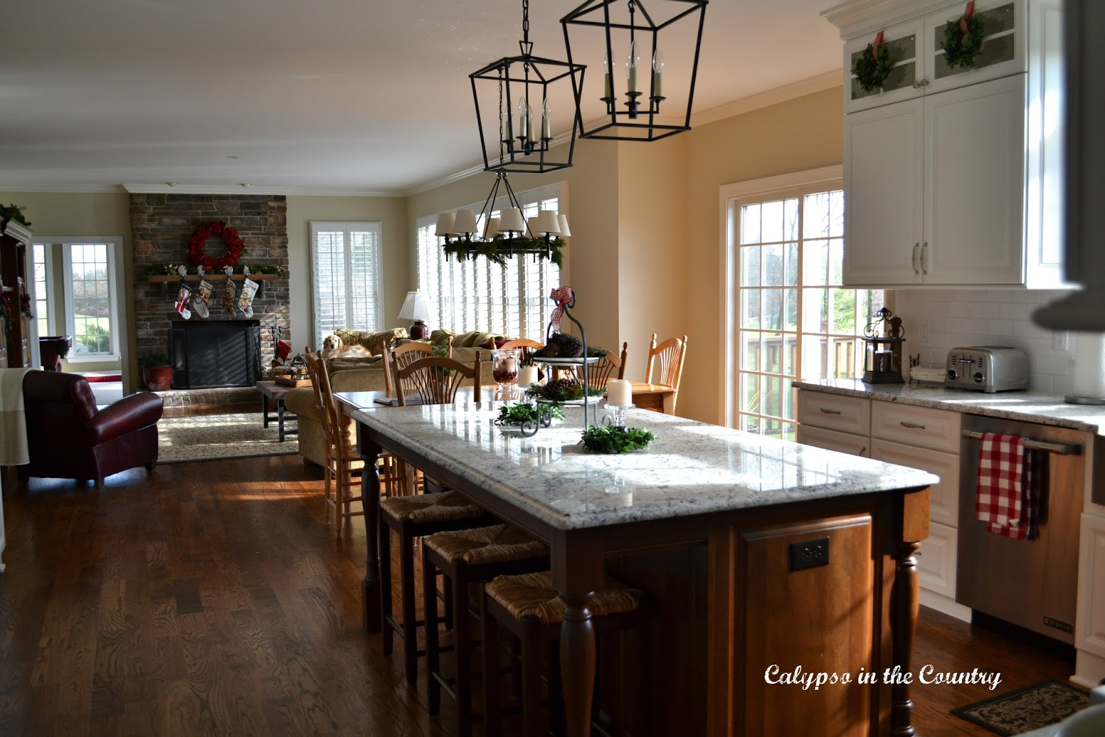 Christmas Kitchen and Family Room
