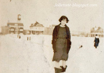 Velma Davis 1924 with Wellington Hall and other buildings across the street where Forbes Center is now https://jollettetc.blogspot.com