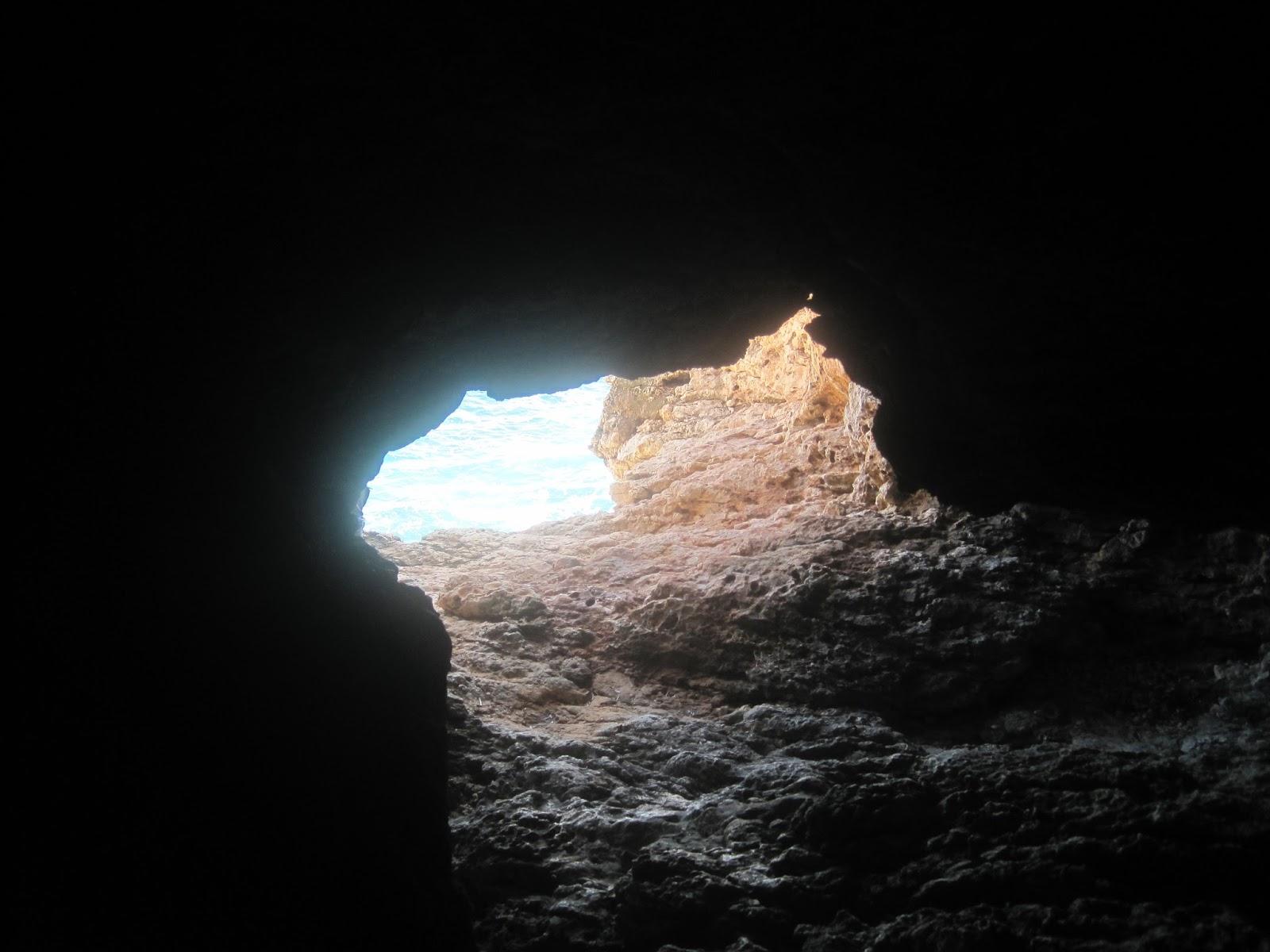 Image result for Σπηλιά των Αγίων Σαράντα ξΥΛΟΦΆΓΟΥ