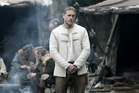 Charlie Hunnam in King Arthur: Legend of the Sword (20)