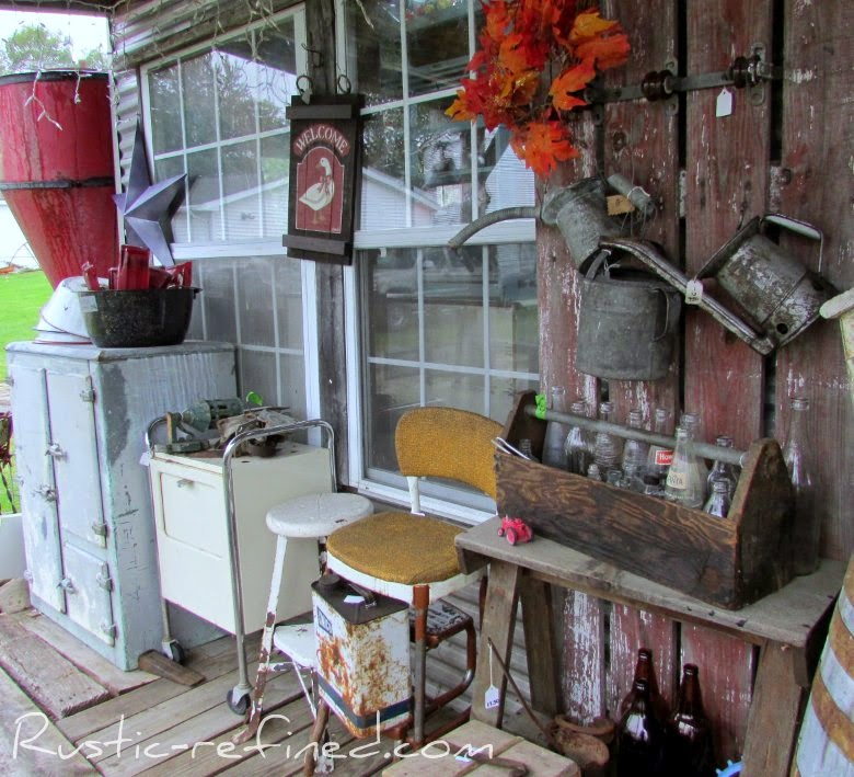 Junk-Antique Fall Stroll Part 2 @ Rustic-refined.com