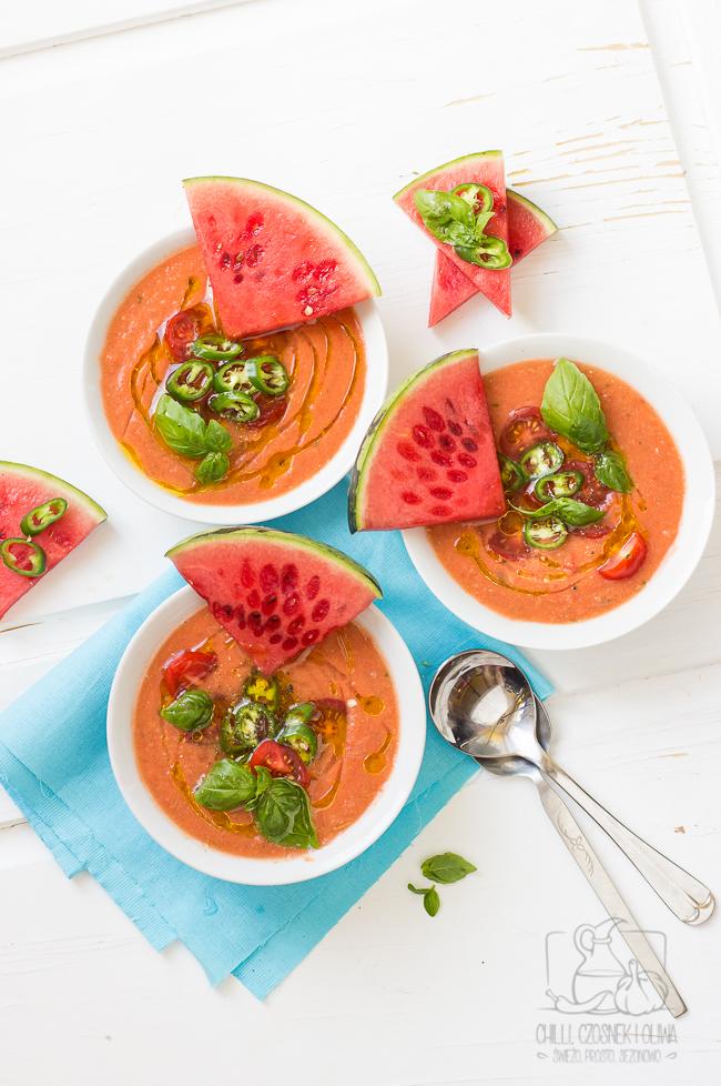 Gazpacho z arbuzem. Gazpacho arbuzowo-pomidorowe. Chłodnik z arbuza i pomidorów.