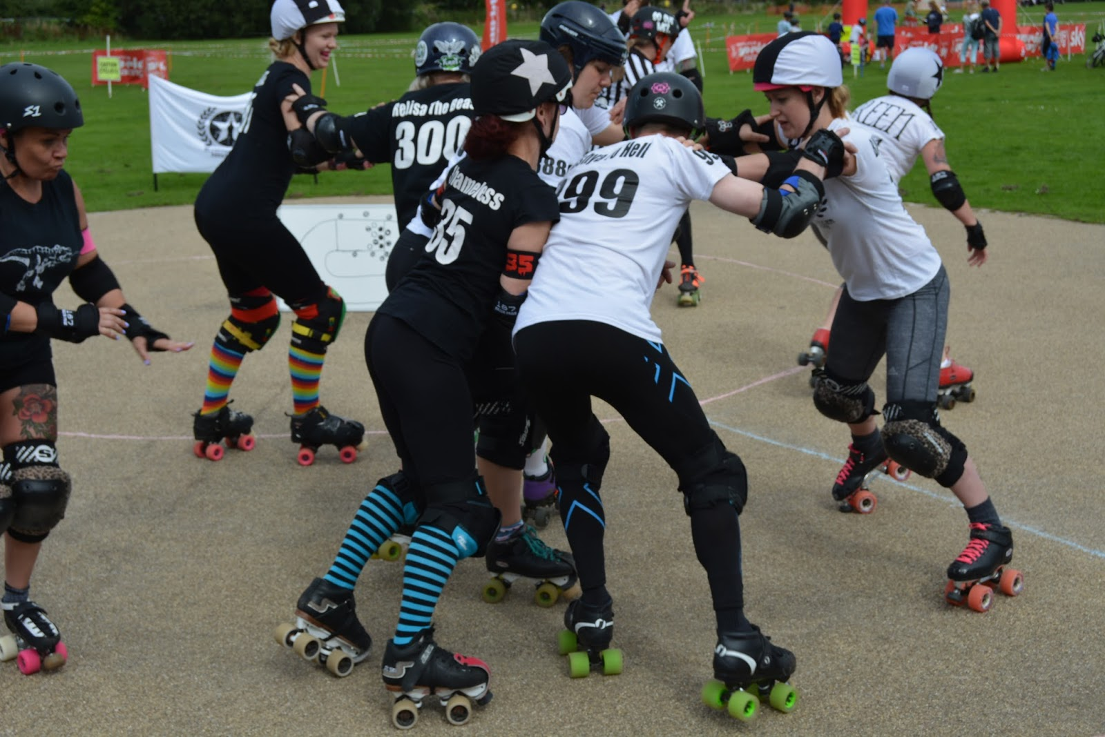 roller derby, roller skates, gear, sport, fitness, game, challenge, workout