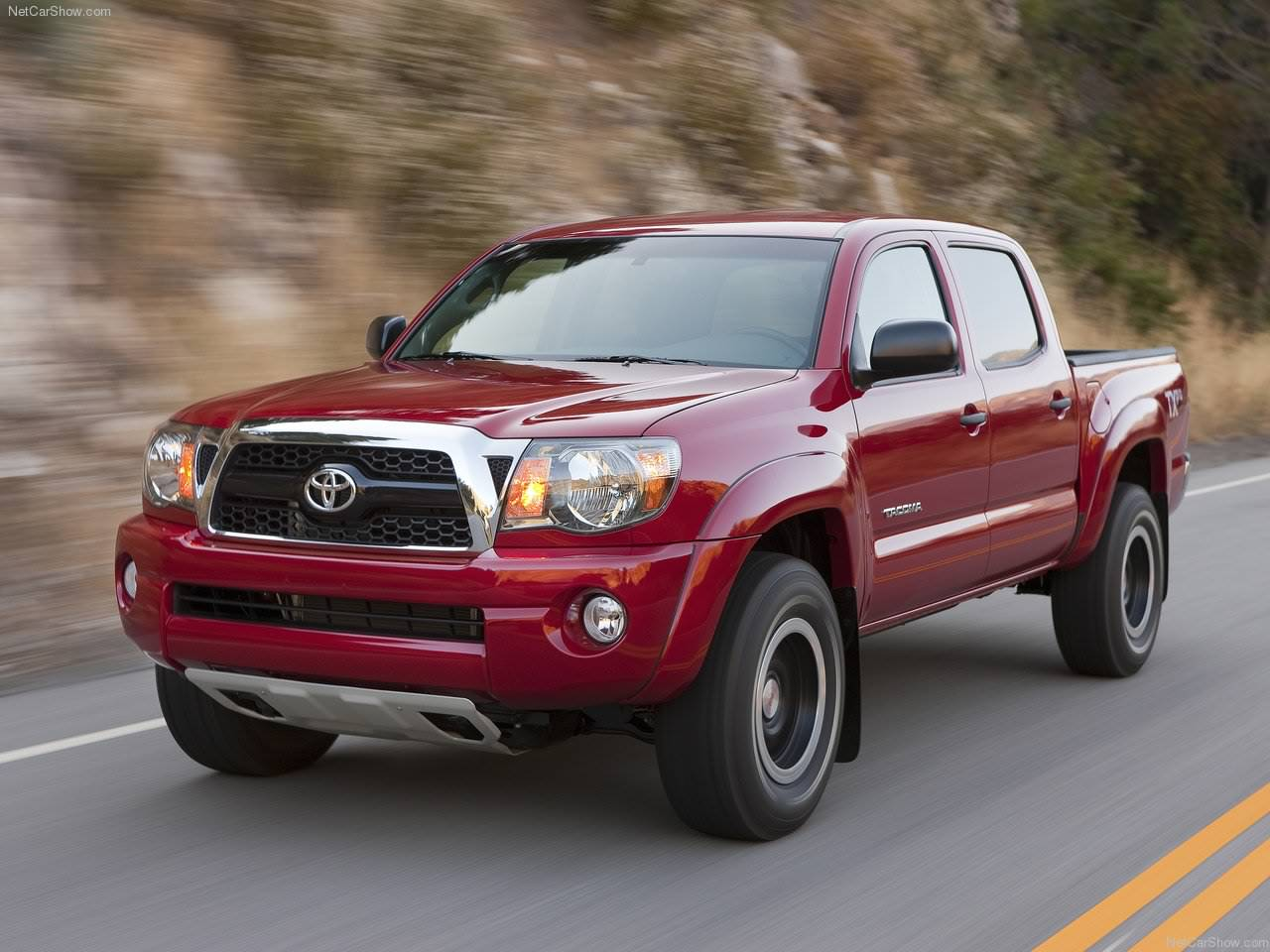 Toyota Cars: 2011 Toyota Tacoma Review