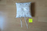 ausgepackt: Hochzeit Ringkissen mit Satin Bogen 21cm* 21cm