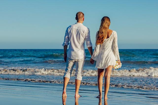 [WYWIAD] Koniec wakacji - koniec miłości?