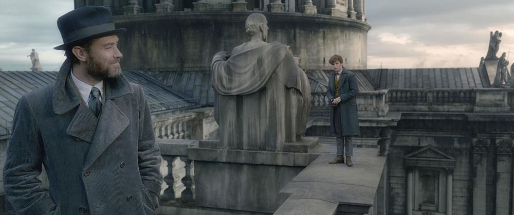 Fantastic Beasts, The Crimes of Grindelwald, Warner Bros. Pictures, J.K. Rowlins, The Wizarding World, Harry Potter, Hogwart, Dumbledore, Gellert Grindelwald