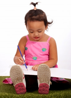 NAMC should we still teach handwriting in the Montessori classroom toddler with pencil