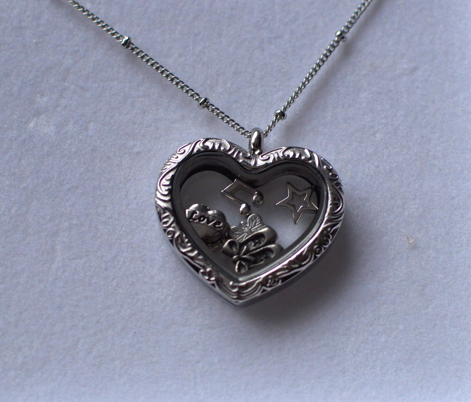 Bella & Grace Charm Lockets Valentine's Day Mother's Day Jewellery Gifts