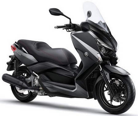 Harga Yamaha X-MAX 250 dan Spesifikasi Desember 2016