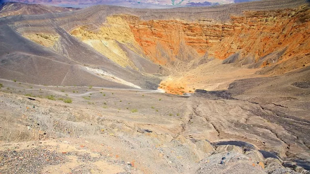 Death Valley National Park Vacation Packages, Flight and Hotel Deals