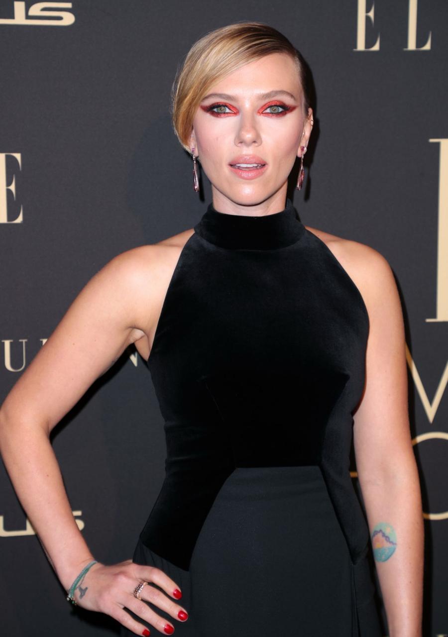Scarlett Johansson at ELLE's 2019 Women In Hollywood Event