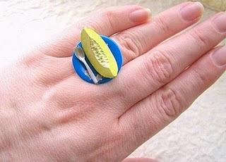 Diseño de anillo muy creativo e inusual en forma de melón