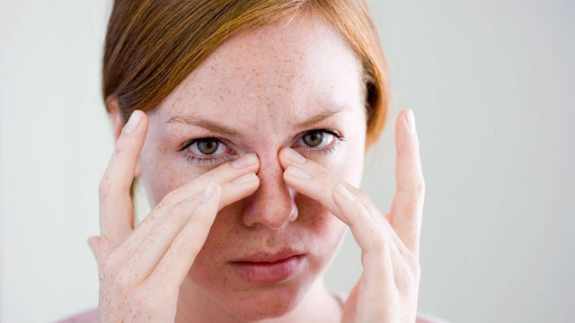 17 طريقة طبيعية لعلاج انسداد الانف Stuffy-nose.jpg