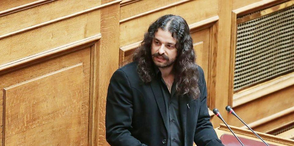 Ελεύθερος με περιοριστικούς όρους αφέθηκε ο Κώστας Μπαρμπαρούσης