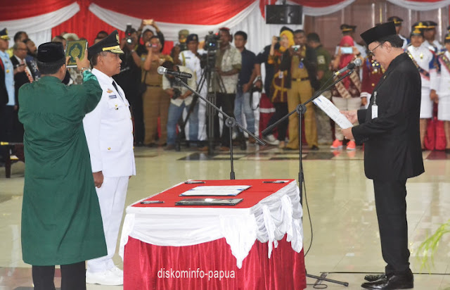 Tjahjo Kumolo Minta Soedarmo Sukseskan Pilkada 2018 di Papua
