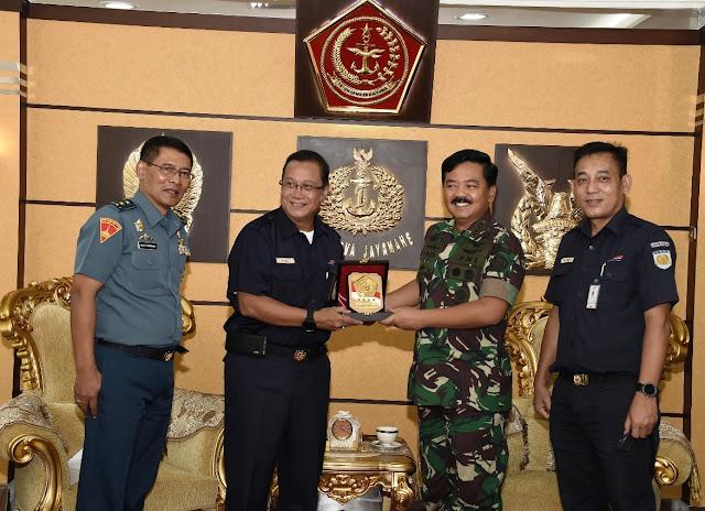 Panglima TNI Terima Audiensi Direktur Utama PT KAI