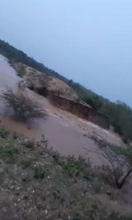 Depois de 234 mm de chuvas em dois dias, açudes de fazenda em Nova Palmeira transbordam