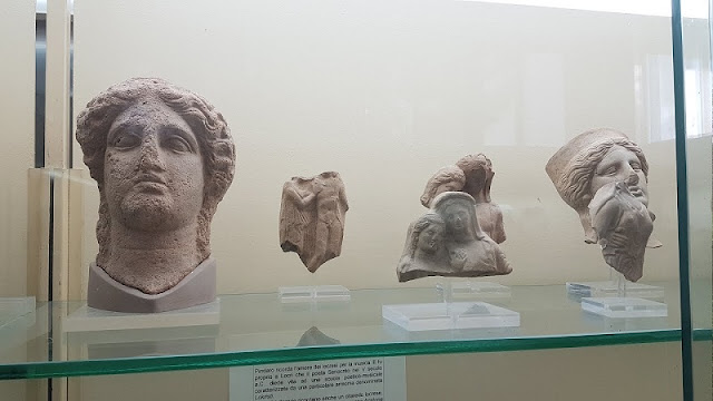Peças expostas no Museo Nazionale di Locri Epizephiri