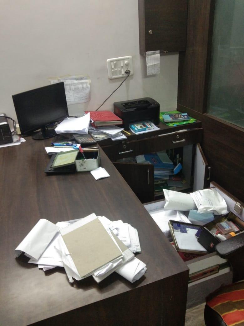 Jhabua News- थान्दला निजी विद्यालय में चोरी, भृत्य को आई गम्भीर चोटें