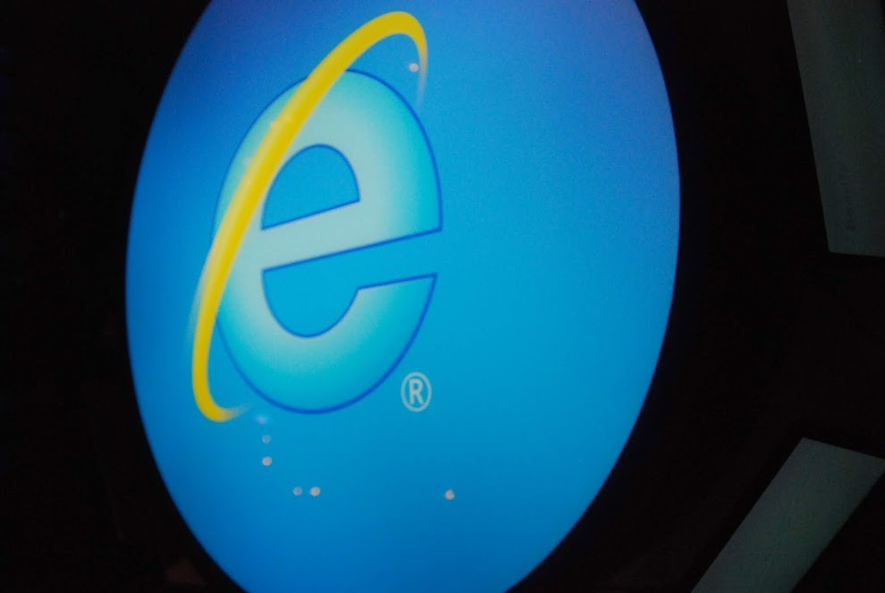 Microsoft Internet Explorer security flaw allows hackers to steal PC data