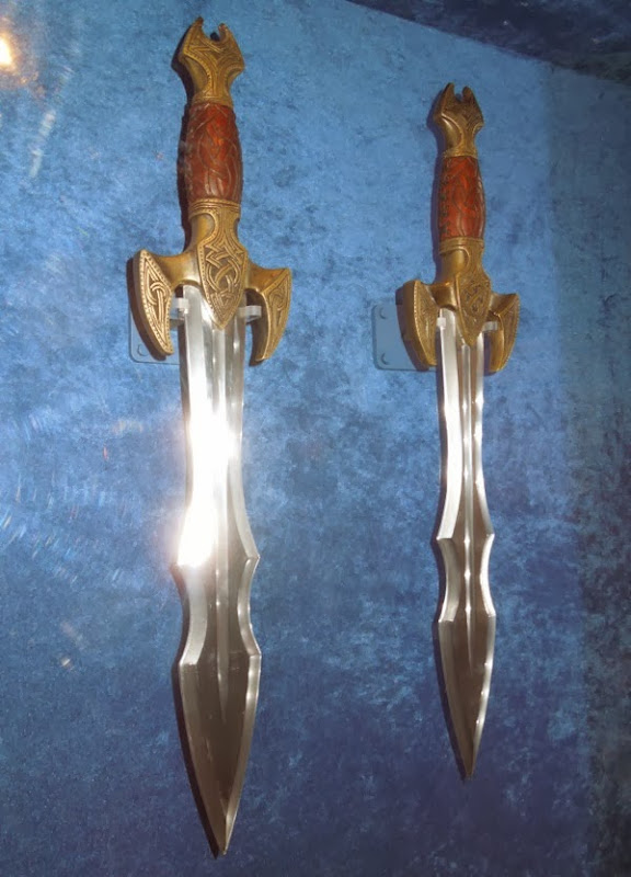 Heimdall dagger props Thor Dark World