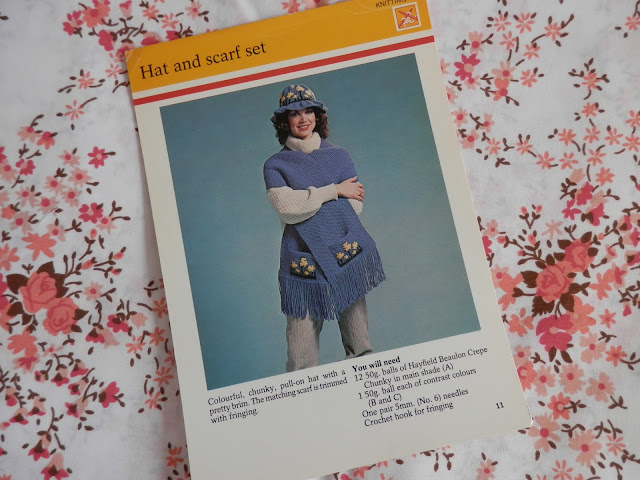 Retro seventies crochet hat and scarf set.  secondhandsusie.blogspot.co.uk