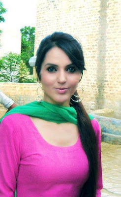 Pakistani Girls www.cute-babesweb.blogspot.com