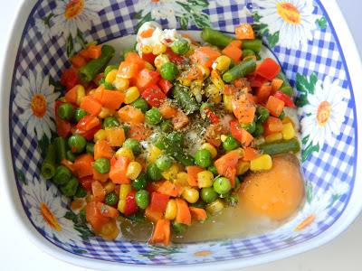 Ciuperci umplute cu branza si legume