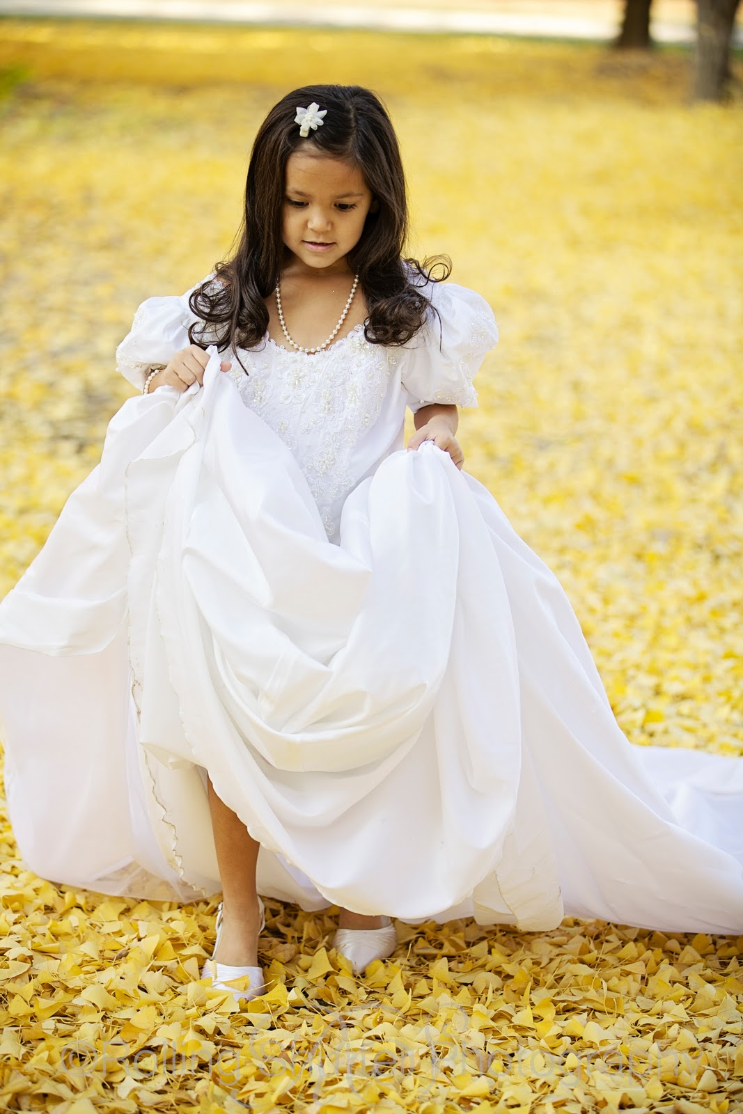 roots photography bella  motherdaughter wedding dress