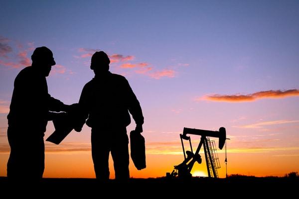 اهم ايميلات شركات البترول حديثى التخرج والطلاب
