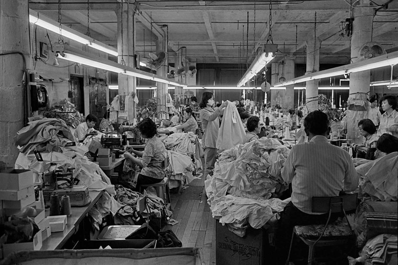 Fábrica de ropa, 1983.