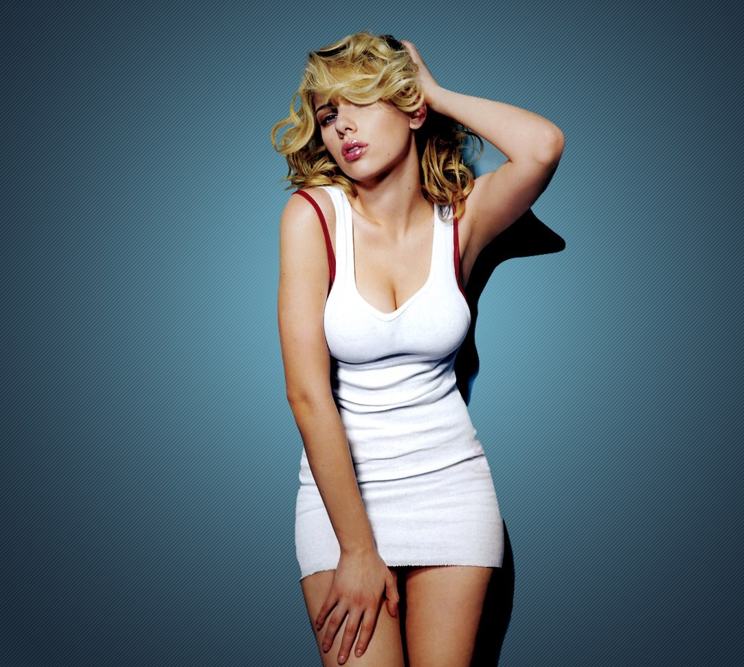 Scarlett Johansson Body