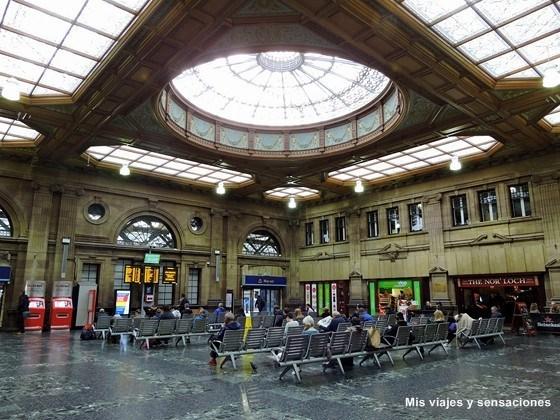 Waverley station, Edimburgo