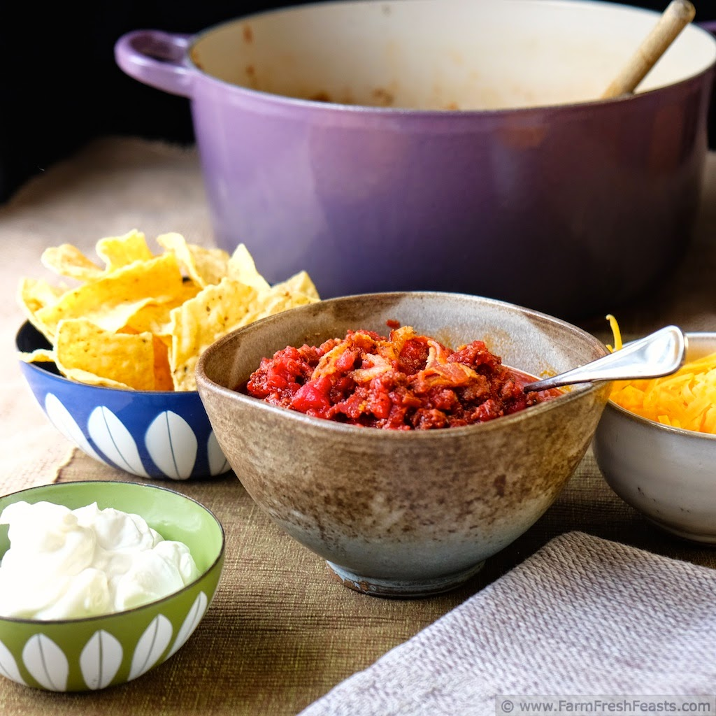 http://www.farmfreshfeasts.com/2014/10/bacon-beef-and-beet-chili.html