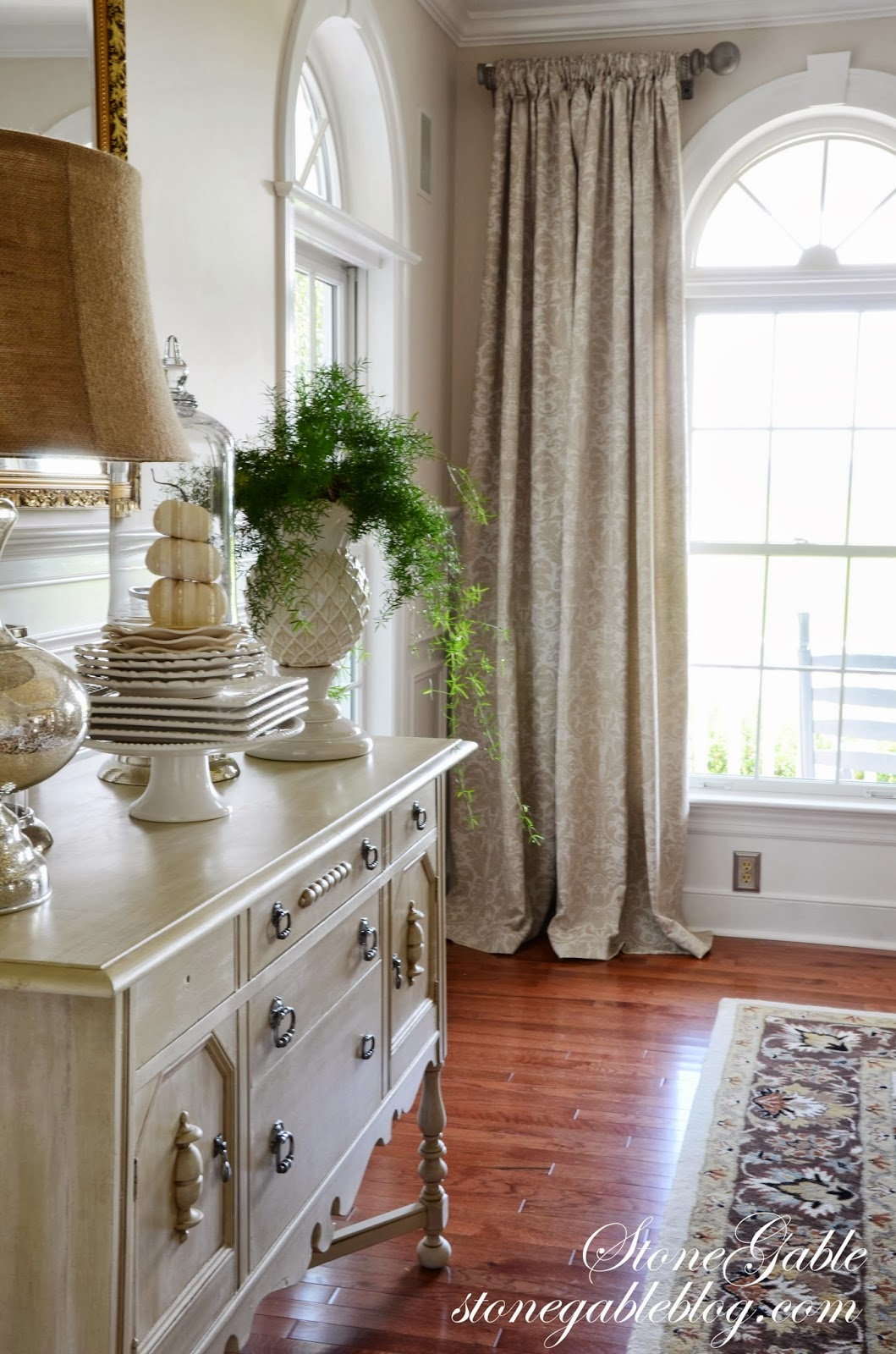 LIVING ROOM CURTAINS  StoneGable