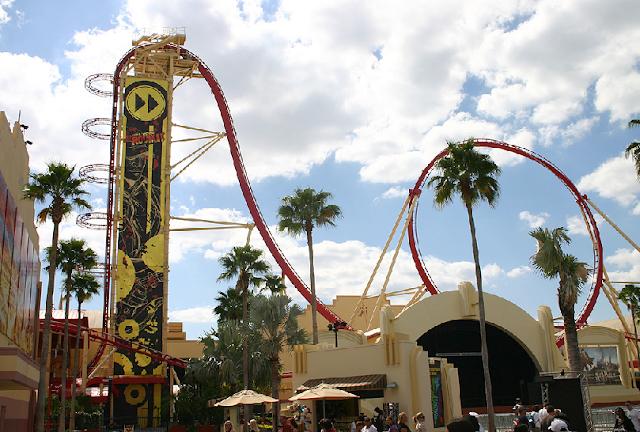 Montanha-russa Hollywood Rip Ride Rockit na Universal Studios em Orlando