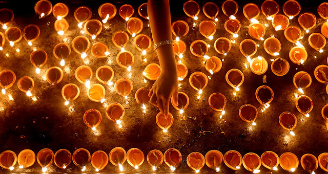 Happy Deepavali Wishes Status And  Diwali Quotes 2018 In Hindi