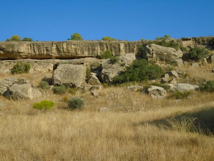 Curiosas formaciones rocosas en el Mas de la Punta