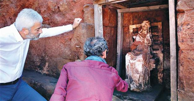 Goddess statue, 2,100 year old castle threatened by dynamite in Turkey's north