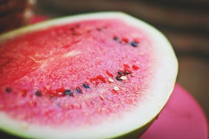 5 Manfaat Menakjubkan Buah Semangka