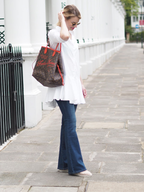 floaty silhouettes, flared jeans, bell bottoms, blue jeans white shirt, louis vuitton neverful, casual chic, london blogger, london street style