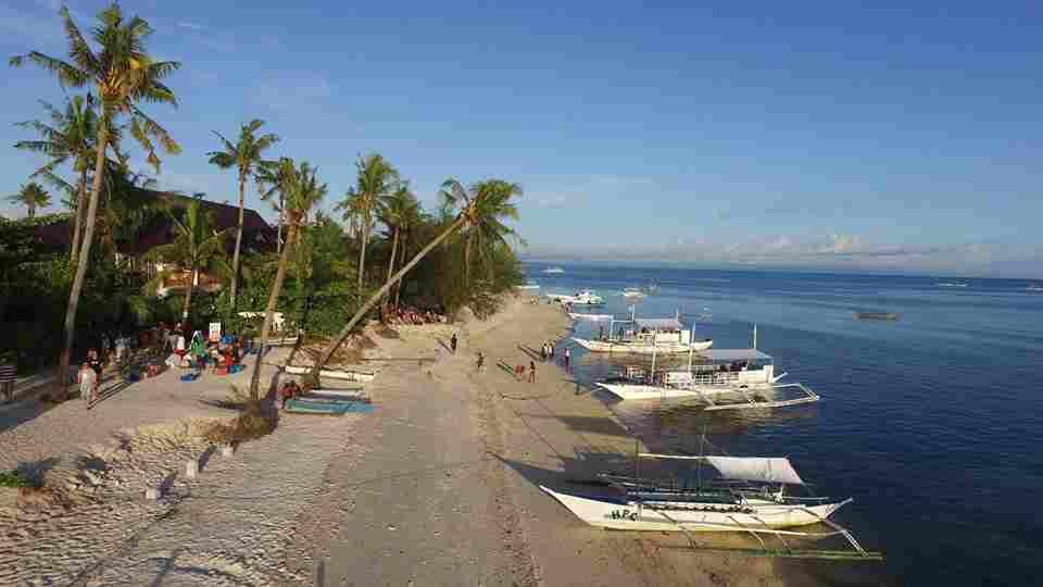 Best and famous Beaches in cebu Bounty Island white beach cebu philippines 2018 better than palawan
