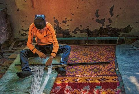uzbek silk ikat, uzbek  ikat designs, uzbek textile tours