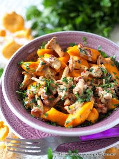 sos kurkowy, kurki duszone, kluseczki z dyni, dynia, obiad, kluski z grzybami