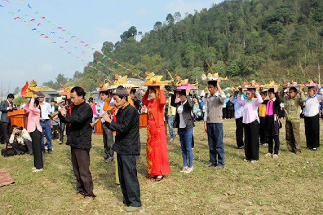 Roong Pooc festival in Sapa, Lao Cai province 2