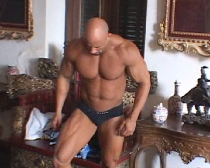 Shaved Bodybuilders Porn 55
