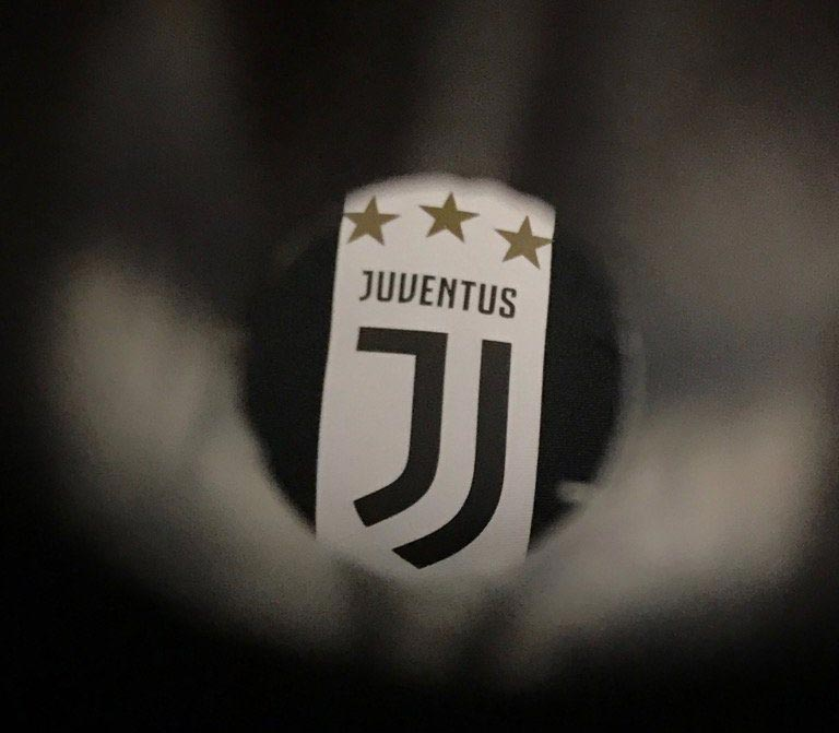 11+ Juventus Badge History